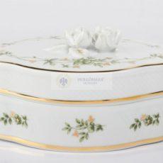 Hollóházi porcelán díszművek